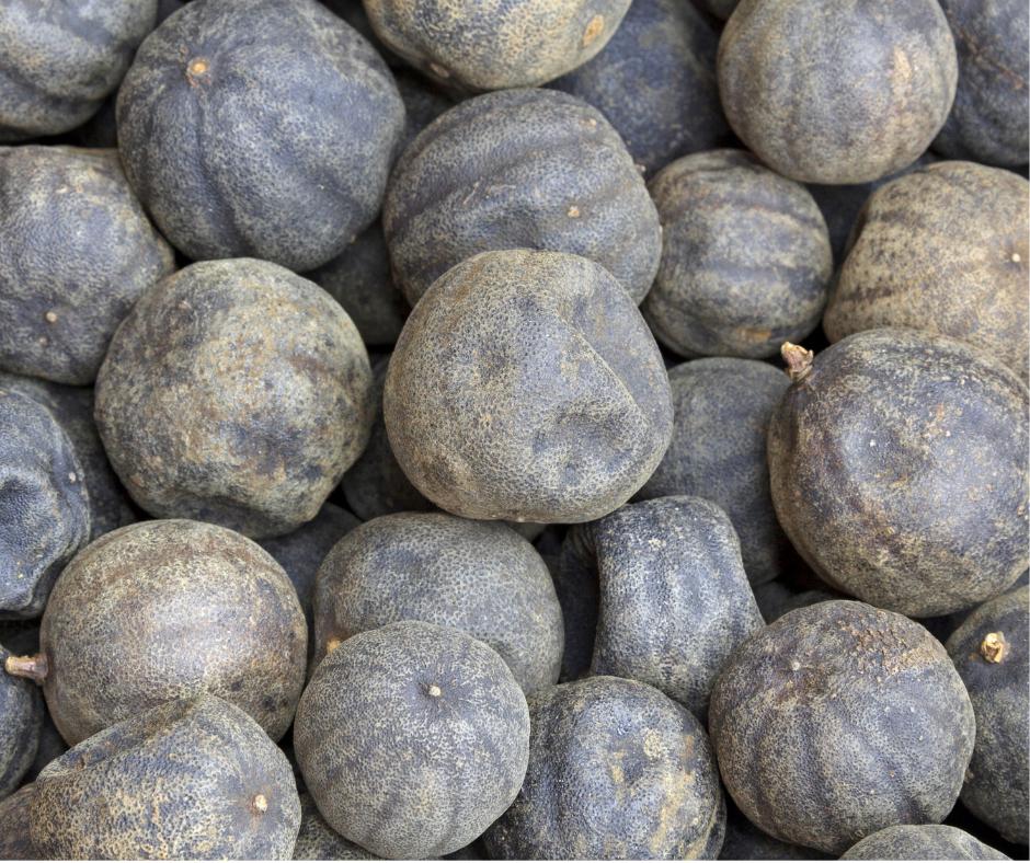 Cinque modi per cucinare i loomi, i lime neri essiccati del Medio Oriente